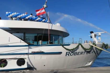 The christening of group-friendly Riviera Travel%E2%80%99s new all-suite ship MS Robert Burns